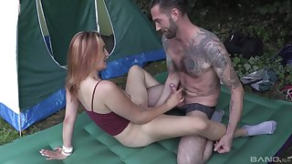Hardcore outdoors couple sex with brunette teen Lynn Love