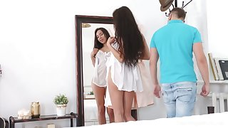 Selfish GF Regina Sparks spreads legs to give stud a chance to fuck her mish