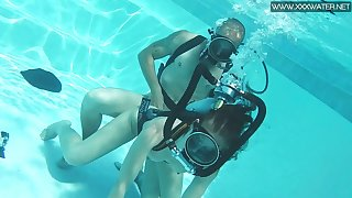 Ardent coupled with kinky Hungarian scuba diver Minnie Manga is fucked underwater